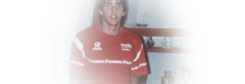 When Giovane was 16, he moved to Sao Paulo to play for  Esporte Clube Banespa